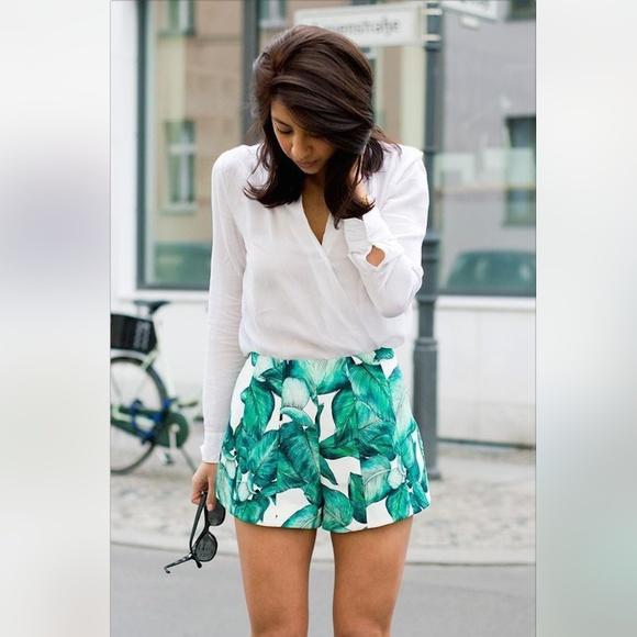 ced478ff Zara Shorts | Tropical Palm Leaf Print | Poshmark